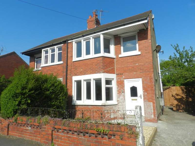 3 Bedrooms Semi Detached House for rent in Waring Drive, Thornton-Cleveleys