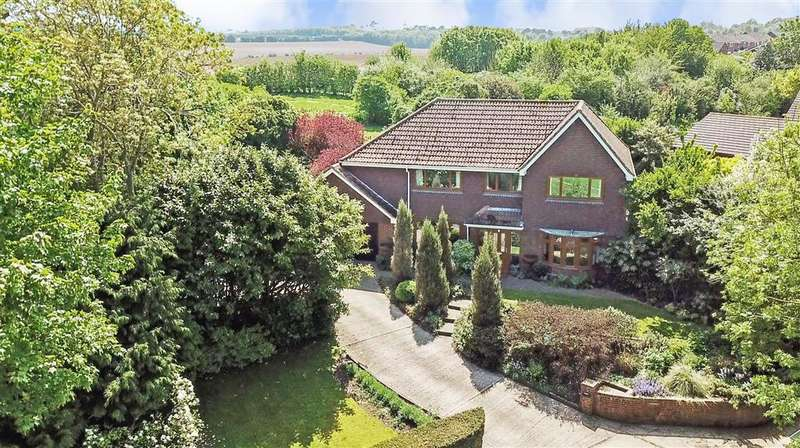 4 Bedrooms Detached House for sale in The Lane, , Guston, Dover, Kent