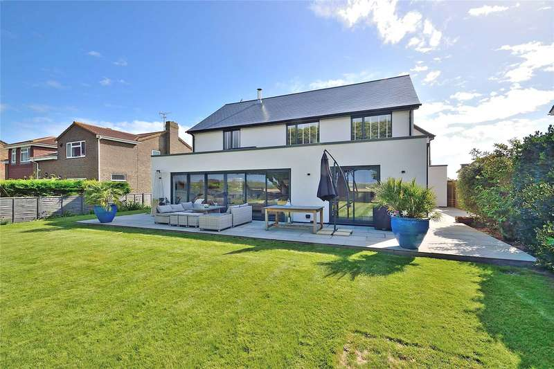 4 Bedrooms Detached House for sale in 24 Coastal Road, East Preston, West Sussex, BN16