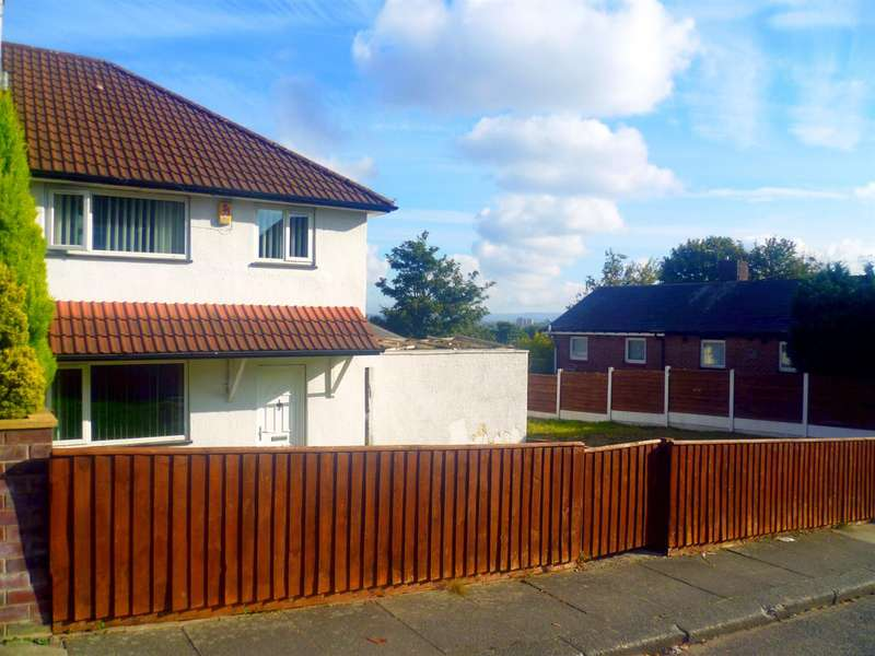 3 Bedrooms Semi Detached House for sale in Winton Road, Salford