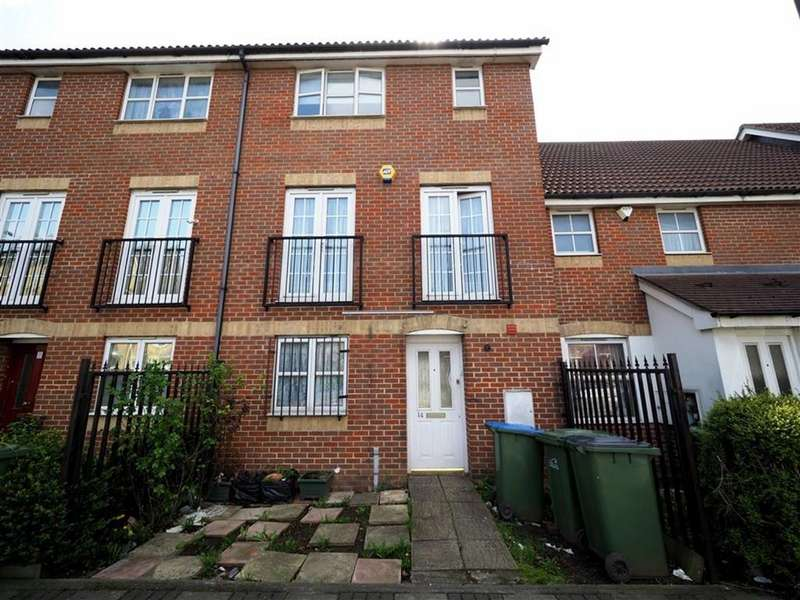 4 Bedrooms Town House for sale in Battery Road, West Thamesmead, London, SE28