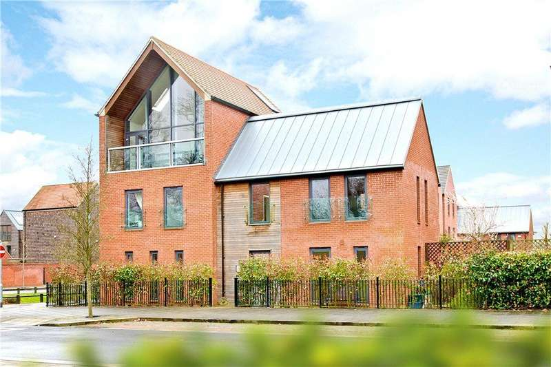 5 Bedrooms Detached House for sale in West Street, Upton, Northamptonshire