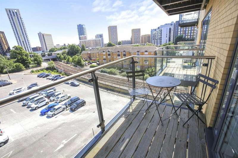 1 Bedroom Flat for sale in Adana Building, Conington Road, London, SE13