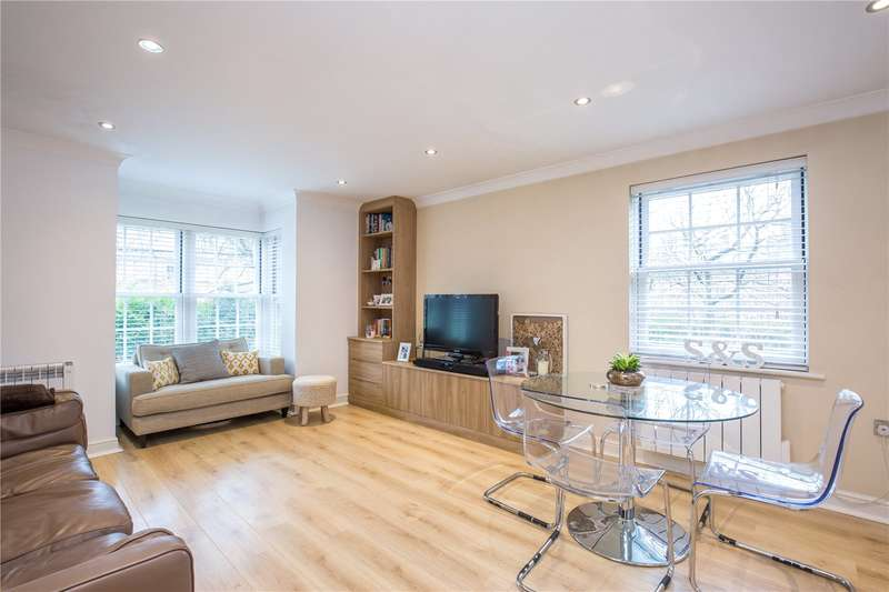 2 Bedrooms Apartment Flat for sale in Blackwell Close, Winchmore Hill, London, N21