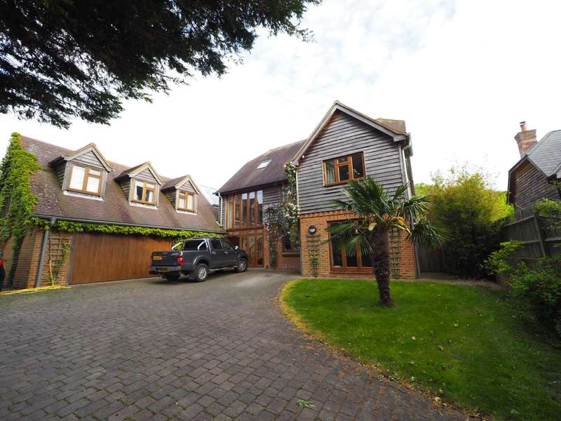 7 Bedrooms Detached House for sale in Wellgreen Lane, Kingston