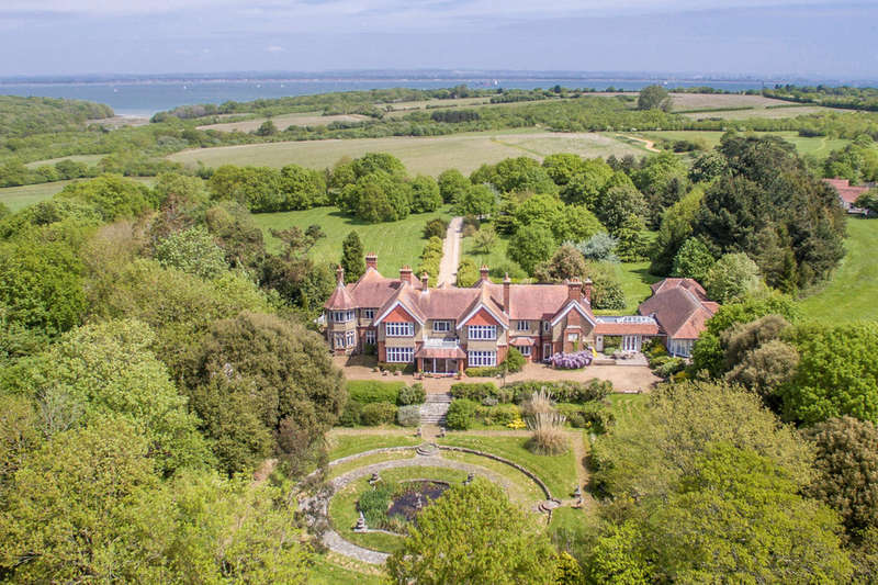 7 Bedrooms House for sale in Wootton Bridge, Isle Of Wight