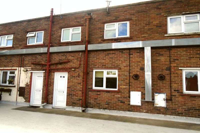2 Bedrooms Flat for rent in Coventry Road, Yardley, Birmingham, B25