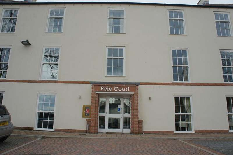 2 Bedrooms Ground Flat for sale in Friargate, Penrith