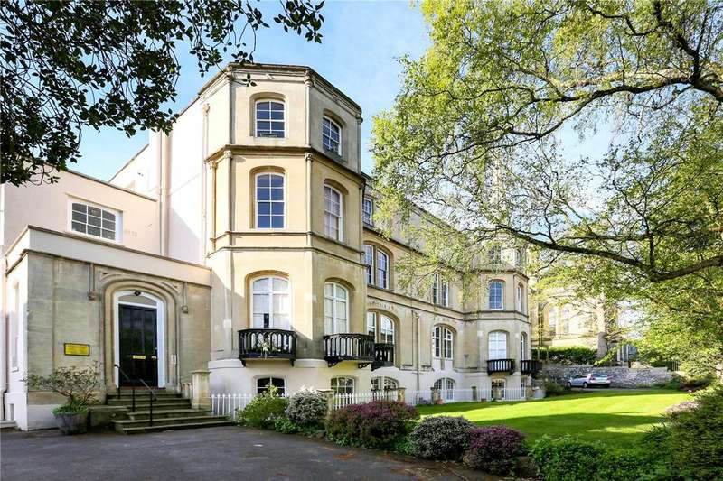 2 Bedrooms Flat for sale in St Brendas Court, Clifton Park, Bristol, BS8