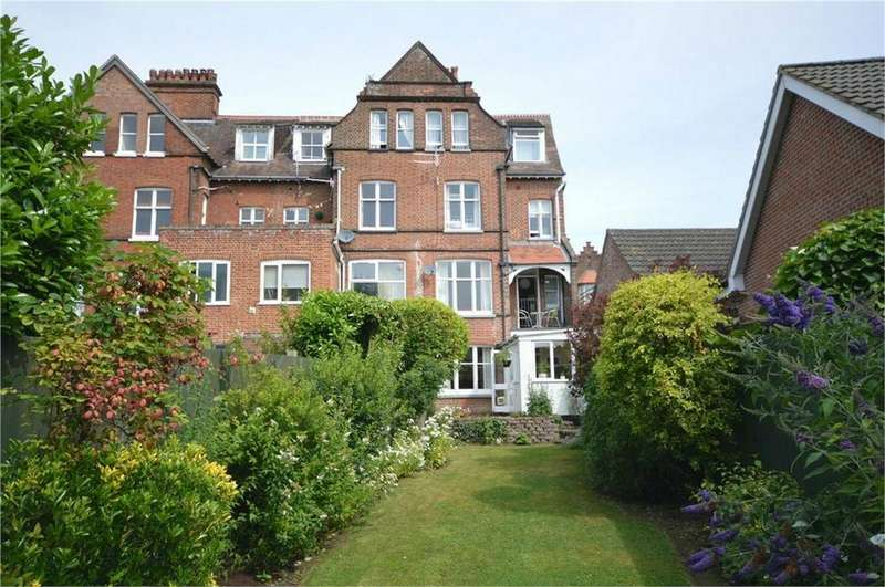 5 Bedrooms End Of Terrace House for sale in Yarmouth Road, Thorpe St Andrew, Norwich