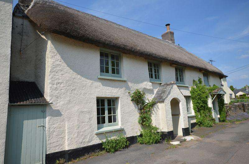 4 Bedrooms Cottage House for sale in Churchgate Cottage, Drewsteignton