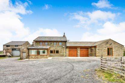 5 Bedrooms Equestrian Facility Character Property for sale in Harrow Stiles Lane, Weir, Rossendale, Lancashire, OL13