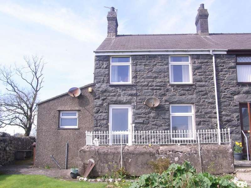 3 Bedrooms Semi Detached House for sale in Disgwylfa, Garndolbenmaen LL51
