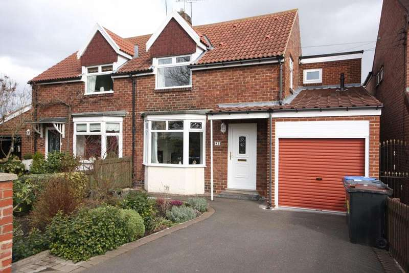 3 Bedrooms Semi Detached House for sale in Tudor Road, Chester-le-Street, DH3 3RY