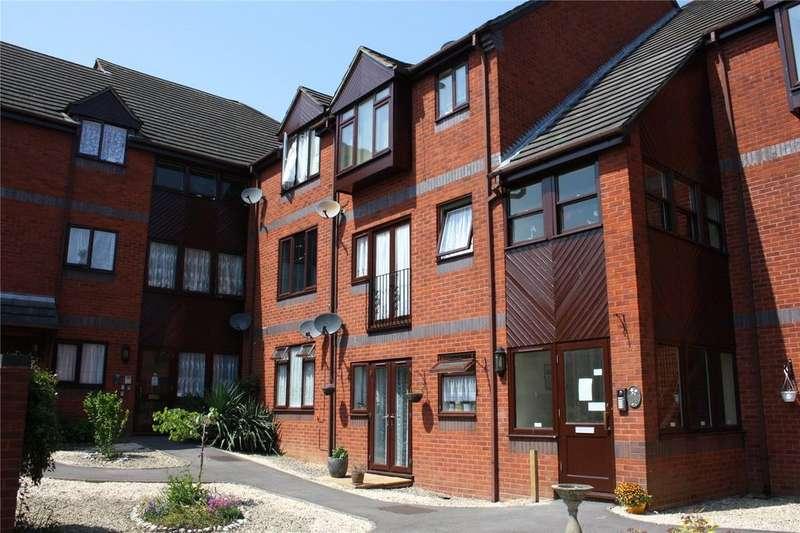 2 Bedrooms Apartment Flat for sale in Mountbatten Court, Birchett Road, ALDERSHOT, GU11