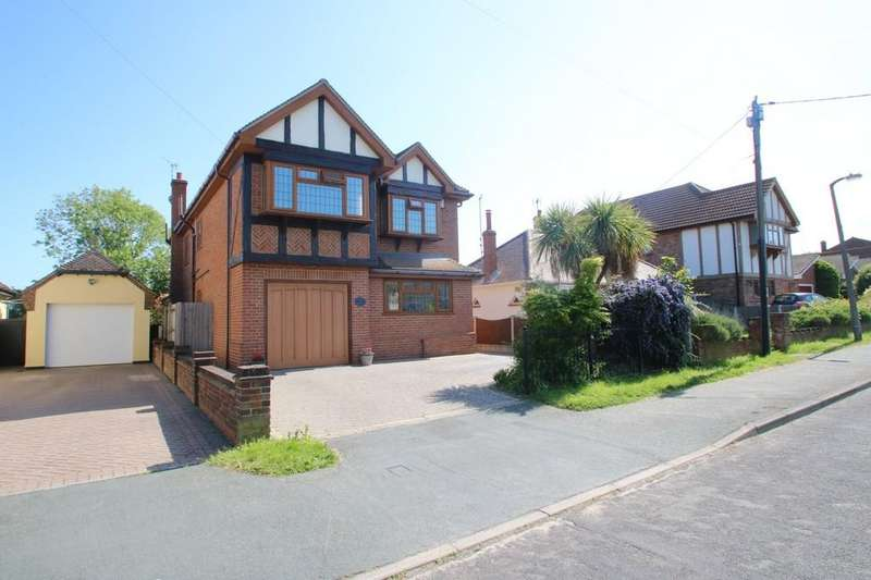 5 Bedrooms Detached House for sale in York Road, Ashingdon