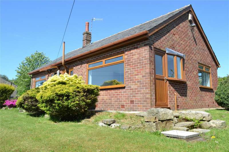 2 Bedrooms Detached Bungalow for rent in Smallshaw Road, Lanehead, Rochdale, OL12