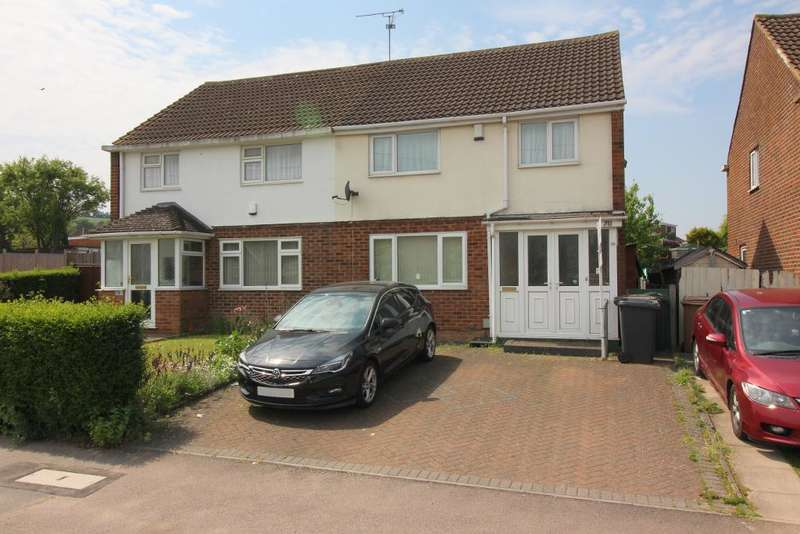 3 Bedrooms Semi Detached House for sale in Eldon Road, Luton, Bedfordshire, LU4 0AU