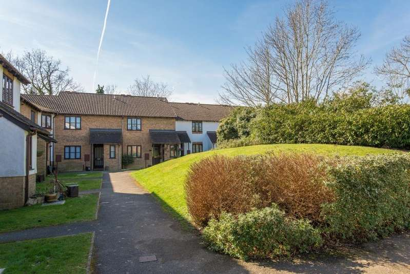1 Bedroom Flat for sale in Little Greencroft, Chesham