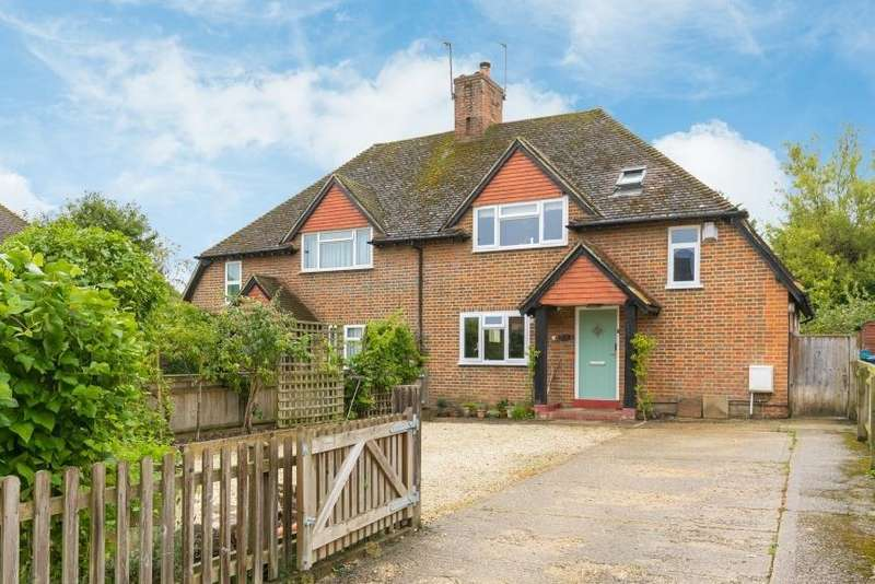 3 Bedrooms Semi Detached House for sale in Bois Moor Road, Chesham