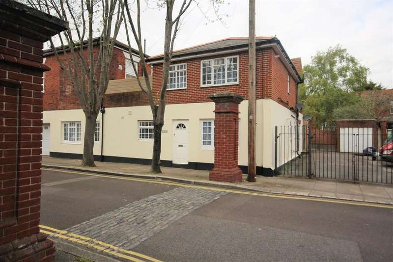 2 Bedrooms Apartment Flat for sale in Old Commercial Road, Portsmouth