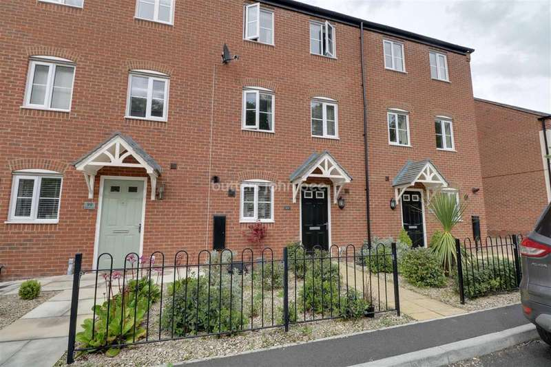4 Bedrooms Terraced House for sale in Bath Vale, Congleton