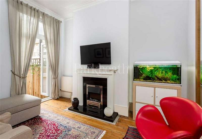 2 Bedrooms Flat for sale in Cotleigh Road, West Hampstead, London