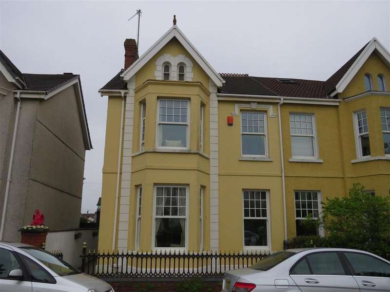 5 Bedrooms Semi Detached House for sale in Queen Victoria Road, Llanelli