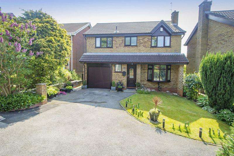 4 Bedrooms Detached House for sale in CARDRONA CLOSE, OAKWOOD
