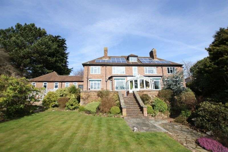 5 Bedrooms Property for sale in Oldfield Road, Heswall, Wirral