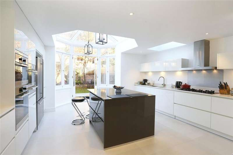 5 Bedrooms Terraced House for sale in Bradbourne Street, Peterborough Estate, Fulham, London, SW6