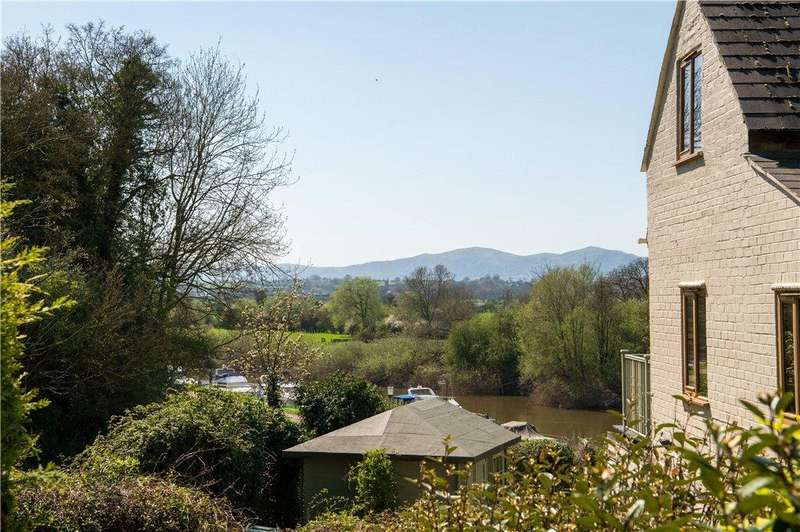 5 Bedrooms Detached House for sale in Bath Road, Broomhall, Worcester, Worcestershire, WR5
