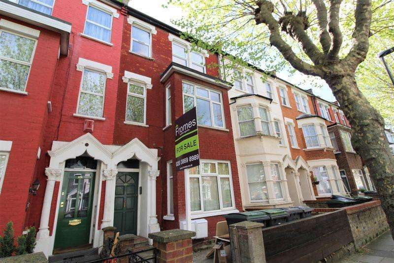 3 Bedrooms Apartment Flat for sale in Carlingford Road, Turnpike Lane, N15
