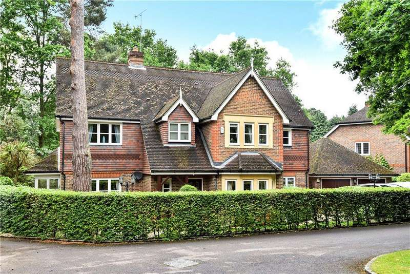 5 Bedrooms Detached House for sale in The Spinney, Camberley, Surrey, GU15