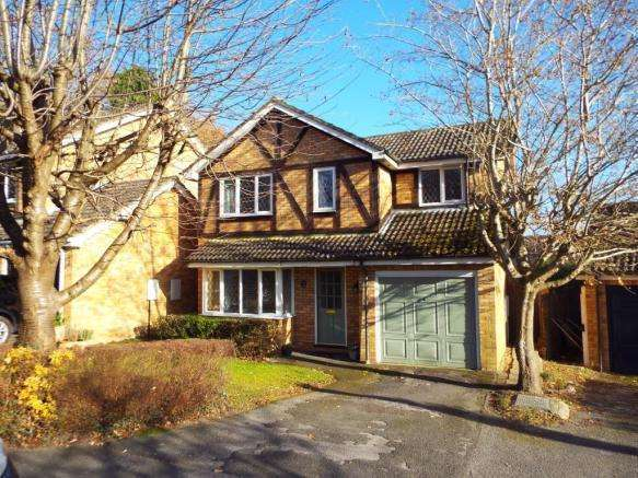 4 Bedrooms Detached House for sale in Binfield, Berkshire, RG42
