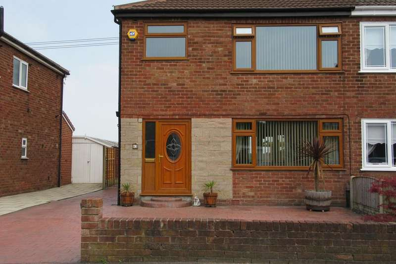 3 Bedrooms Semi Detached House for sale in Mooreway, Rainhill L35