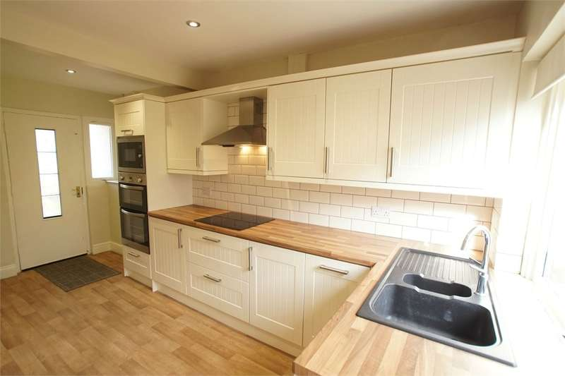 3 Bedrooms Terraced House for sale in CA1 3JQ Hillary Grove, Carlisle, Cumbria