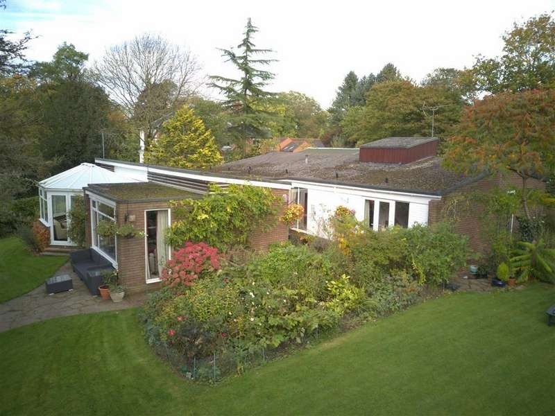 3 Bedrooms Detached Bungalow for sale in Station Road, Barlaston