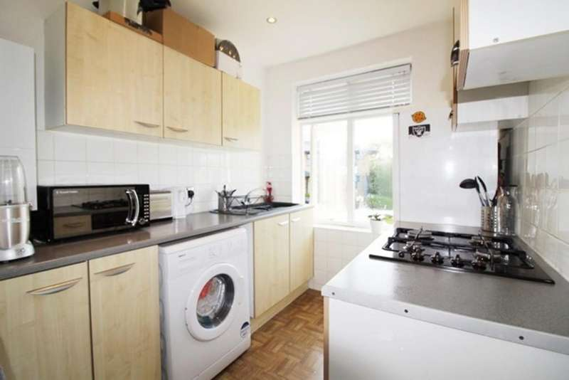 1 Bedroom Apartment Flat for sale in Colindeep Lane, Colindale, London NW9
