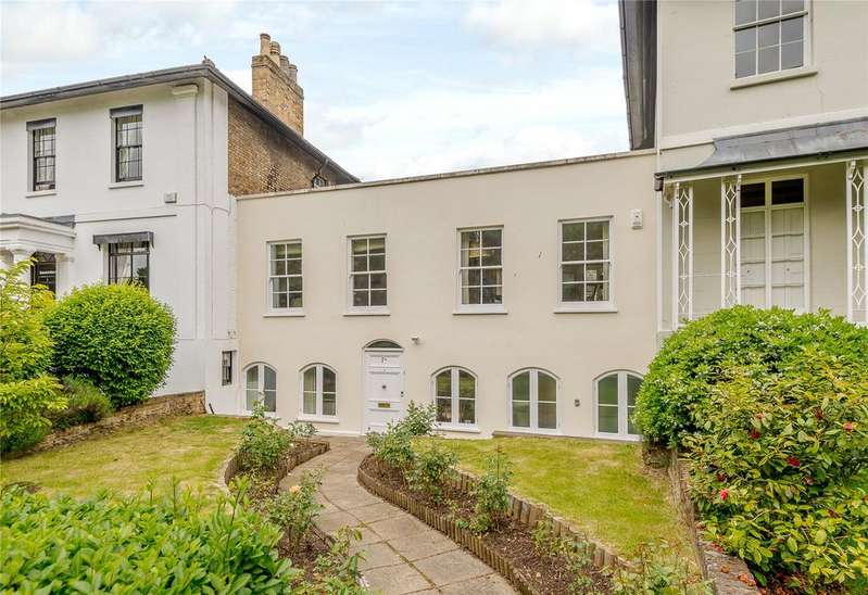 3 Bedrooms Terraced House for sale in Clarence Crescent, Windsor, Berkshire, SL4