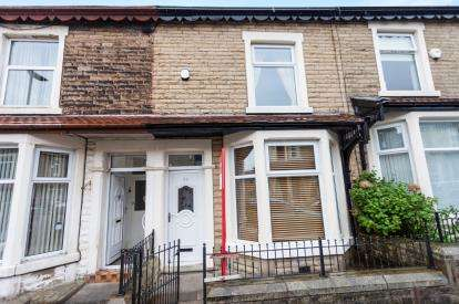 3 Bedrooms Terraced House for sale in Brighton Terrace, Darwen, Lancashire
