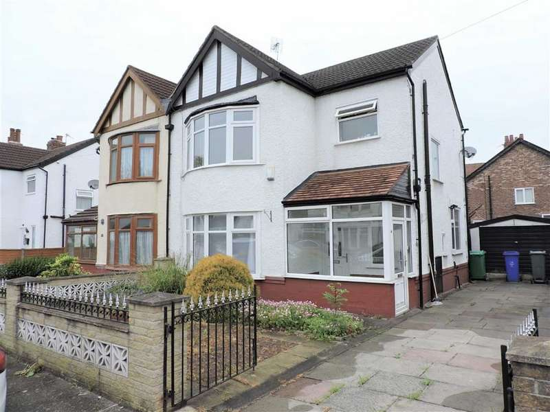 3 Bedrooms Semi Detached House for sale in Scarisbrick Road, Manchester
