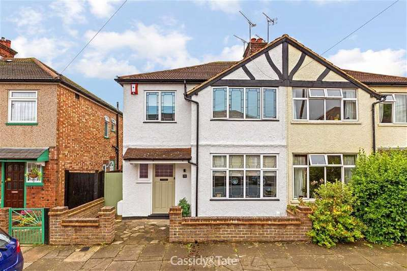3 Bedrooms Semi Detached House for sale in Beresford Road, St Albans, Hertfordshire