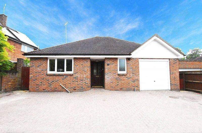 3 Bedrooms Detached Bungalow for sale in St Albans Road, Sandridge, St. Albans, Hertfordshire