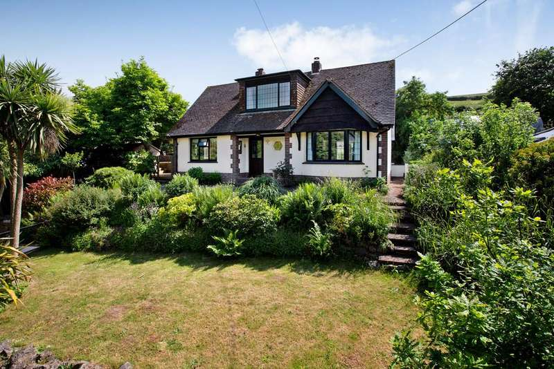 3 Bedrooms Detached House for sale in Holcombe Village, Holcome, EX7 0JR