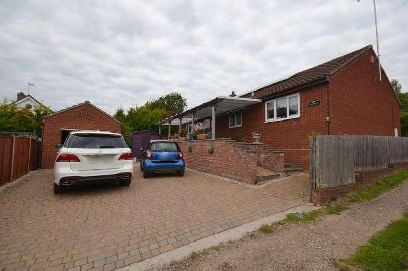 3 Bedrooms Detached Bungalow for sale in The Croft, Bures