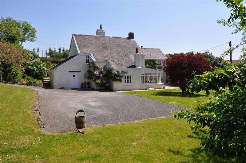 4 Bedrooms Detached House for sale in Weare Giffard, Bideford