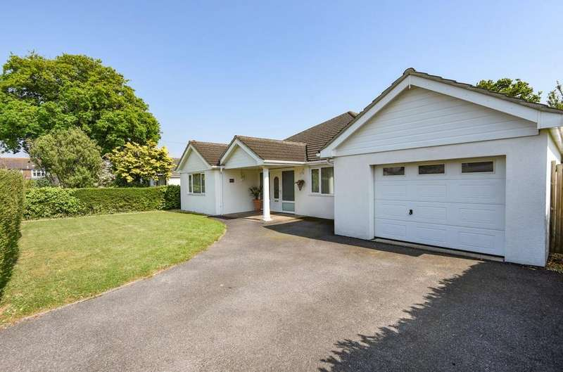 6 Bedrooms Detached House for sale in Salterns Close, Hayling Island, PO11
