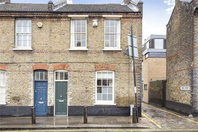 3 Bedrooms End Of Terrace House for sale in Vallance Road, London, E2