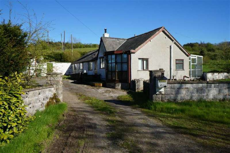 2 Bedrooms Detached House for sale in Abergele Road, Llanrwst, Conwy